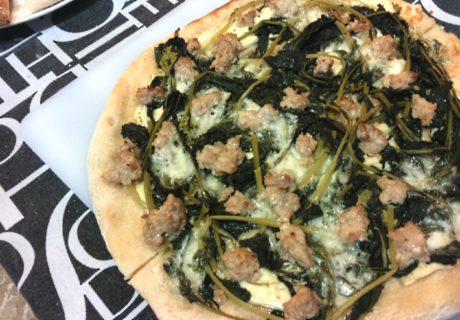 pizza salsiccia cime di rapa cotta