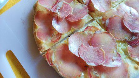 Pizza cipollotti e lonza
